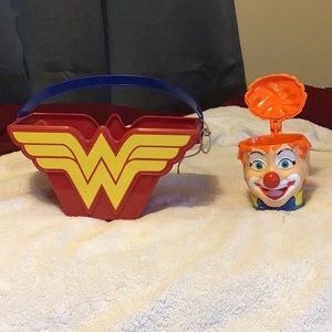 Vintage Wonder Woman Carrier with bonus clown
